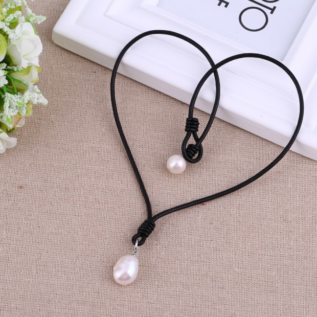 Aobei Pearl - Handmade Necklace made of 11-12 mm Baroque & Potato White Freshwater Pearl with 2.5 mm Hole and Genuine Leather Cord, Fashion Handmade Necklace, Leather Pearl Necklace, ETS-S542