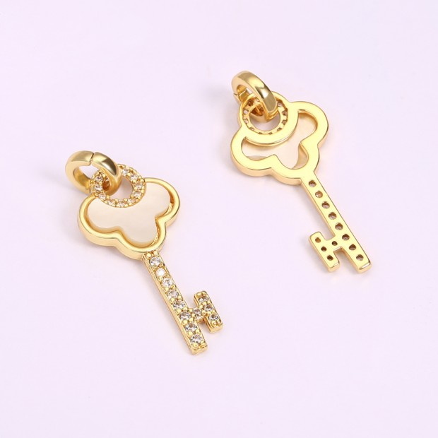 Aobei Pearl, 2 PCS from the Sale, 18K Gold-Plated Key Shape Pendant for Jewelry Making, Jewelry Findings, DIY Jewelry Material, ETS-K1287