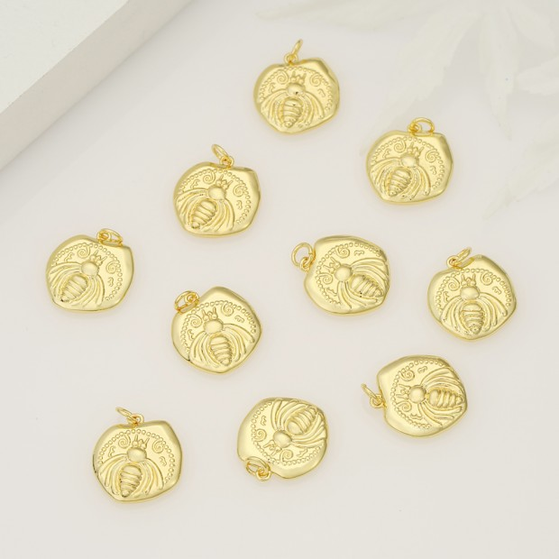 Aobei Pearl ,3PCS From The Sale, 18K Gold Plated bee medallion Charm Pendant For Jewelry Making, Jewelry Findings, DIY Jewelry Material, Making Supplies ETS-K504
