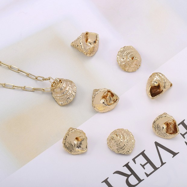 Aobei Pearl, 5 PCS from the Sale, 18K Gold Sea Conch Shell Charm for Jewelry Making, Jewelry Findings, DIY Jewelry Material, ETS-K579