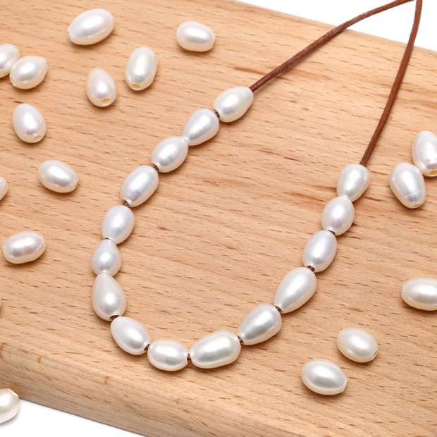 Aobei Pearl, 10 pcs  2.5mm large hole freshwater pearls, 9-10mm rice loose pearl beads, loose freshwater pearl, ETS-L0051