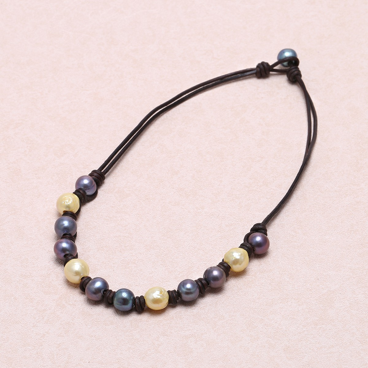Freshwater pearl necklace, pearl and leather necklace ...