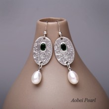Aobei Pearl Handmade Earring with Freshwater Pearl, Glass Beads and Alloy Accessory, Pendant Earring, Pearl Earring, ETS-E049