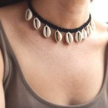 Aobei Pearl, Handmade Shell Necklace is made of Braided Korean Velvet and Stainless Steel Clasp, ETS-S848