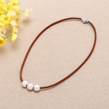 Aobei Pearl, Handmade Choker Necklace with Freshwater Pearl, Genuine Leather and Magnetic Clasp, Pearl Necklace, ETS-S129