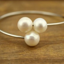 10-11 MM of potato, 2.5 MM white pearl of handmade fashion bracelets  ETS-B199