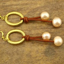 11-2.5 MM hole of 12 MM of potato natural pink pearl earrings  ETS-E070
