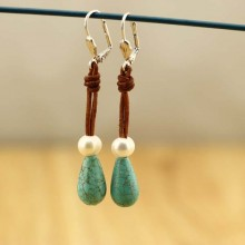 Aobei Pearl - Freshwater Pearl Earrings Handmade 8-9mm White Potato Pearls and 10mm * 16mm Turquoise Earring Pendants Genuine Pearls with Potato Pearl Beaded for Women Jewelry,women leather earring,ETS-E096