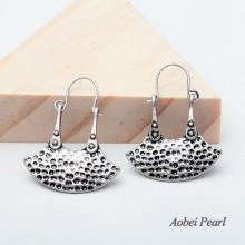 Aobei Pearl Handmade Vintage Earrings with High Quality Alloy Accessory, Well Design Alloy Earrings, Ear Clips Pendant Earring, ETS-E146