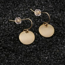 Aobei Pearl Dainty Brushed Round Coin Dangle Earring, Gold Disc Drop Earring for Women, Hook Earring, ETS-E326