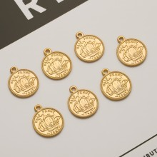 Aobei Pearl, 5 PCS from the Sale, 18K Gold Plated Vessel Ship Boat Pattern / Portrait Pattern Round Disc Charm for Jewelry Making, Jewelry Findings, DIY Jewelry Material, ETS-K340