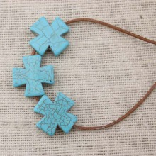 ETS-LB002   16 pieces of size 25mm * 25mm diameter hole 2.5mm turquoise cross