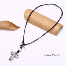 Aobei Pearl Handmade Necklace made of Freshwater Pearl, Genuine Leather Cord, Cross Pendant and Alloy Accessory, Leather Pearl Necklace, Pendant Necklace, ETS-S155