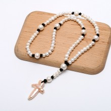ETS-S675 12-13mm potato pearl and 8-9mm potato pearl and 50-55mm*30-45mm natural pearl cross shape pendant leather necklaces