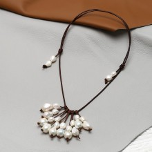 Aobei Pearl, Waterfall Necklace made of Pearls and Leather Cord for Fashion Parties ! Pearl Necklace, ETS-S801