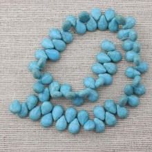 2 string of about 132 PCS, ETS-T029 Size 10 mm * 6 mm * 14 mm diameter hole 1.5 mm drop-shaped turquoise