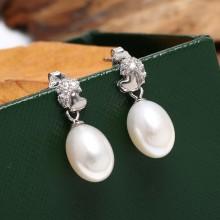 Aobei Pearl, Pearl dangle earrings, dangle earrings, freshwater pearl earrings, ETS-E011