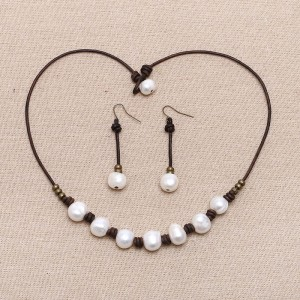 Aobei Pearl - Handmade Jewelry Set made of Freshwater Pearl, Genuine Leather Cord and Copper Beads, Pearl Necklace, Pearl Earring, ETS-S163