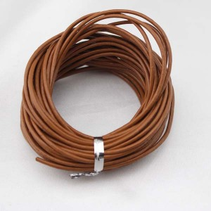 Aobei Pearl, 10 Yards from the Salem, 2.0 mm Smooth Light Brown Genuine Leather Cord, Round Leather, Jewelry Material,ETS-P004