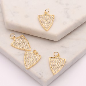 Aobei Pearl, 2 Pieces from tghe Sale, Gold CZ Shield Shape Pendant for Jewelry Making, Shield Charm, Necklace Pendant, Jewelry Findings, ETS-K535