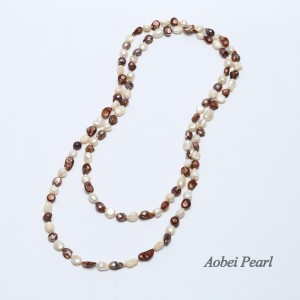 Aobei Pearl, Handmade Necklace made of White & Red Brown Freshwater Pearl,  Pearl Beaded Necklace, Cultured Pearl Necklace, ETS-S124