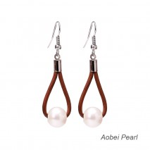 Aobei Pearl - Handmade Freshwater Pearl & Leather Earring, Pearl Earring, Dangle Earring, ETS-E036