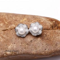 Aobei Pearl Handmade Earring made of Genuine Freshwater Pearl and 925 String Silver Accessory with Hand-embed Diamonds, Pearl Earring, Stud Earring, Flower Earring, ETS-E131
