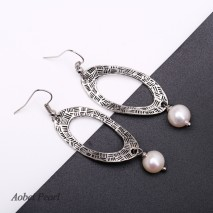 Aobei Pearl, Handmade Dangle Earring made of Freshwater Pearl and Alloy Accessory, Fashion Earring, Pearl Earring, ETS-E058