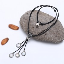 Genuine Leather Cord Necklace Jewelry Handmade with Freshwater Pearls and Crystal ETS-S519