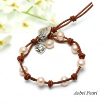 Aobei Pearl - Handmade Bracelet with Freshwater Pearl, Genuine Leather Cord and Alloy Accessory, Leather Bracelet, Pearl Bracelet, ETS-B0019