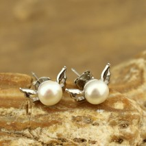 The button of 7-7.5 mm white pearl earrings   ETS-E080