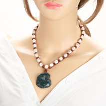 White pearl necklace with natural pendant ETS-S478