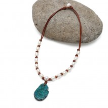 Aobei Pearl - Handmade Necklace made of Freshwater Pearl, Leather Cord and Natural Stone Pendant, ETS-S820